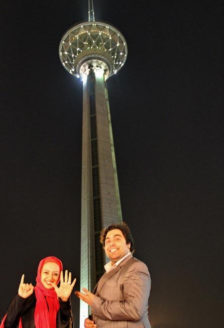 عکس های نفیسه روشن و همسرش در برج میلاد تهران