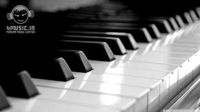 آهنگ بیکلام پیانو با نام SWEET DREAMS